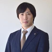 常務取締役 事業戦略部長  安藤 俊